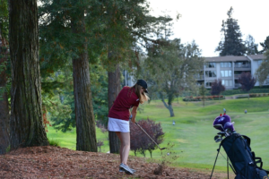 Stella Kaval hits her second shot into the fourth green at Sharon Heights. Credit: Beom-Seog Hwang.