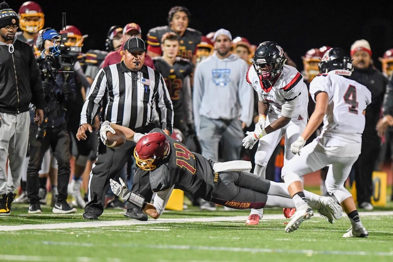 Bears lose close game on Senior Night versus Aragon