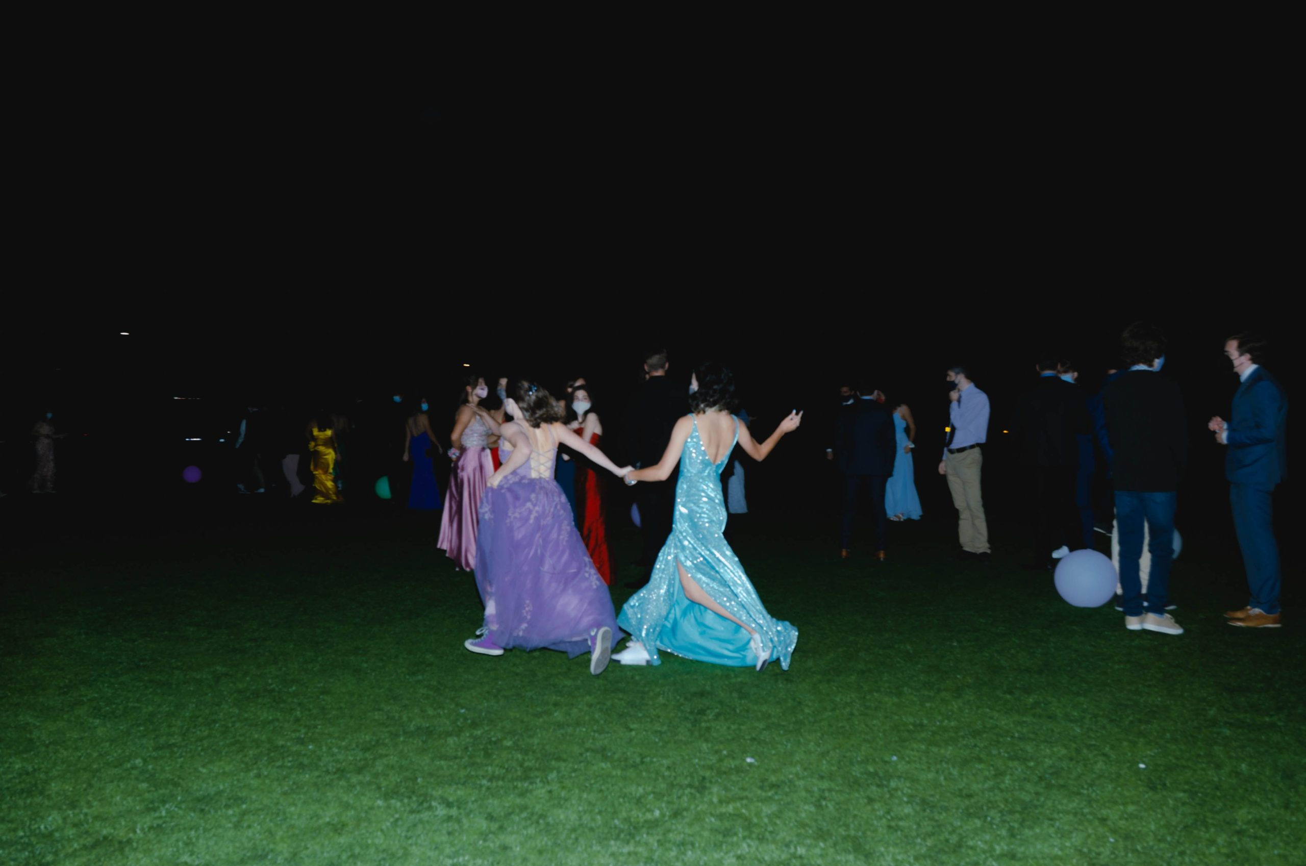 Seniors Take to the Field for Prom