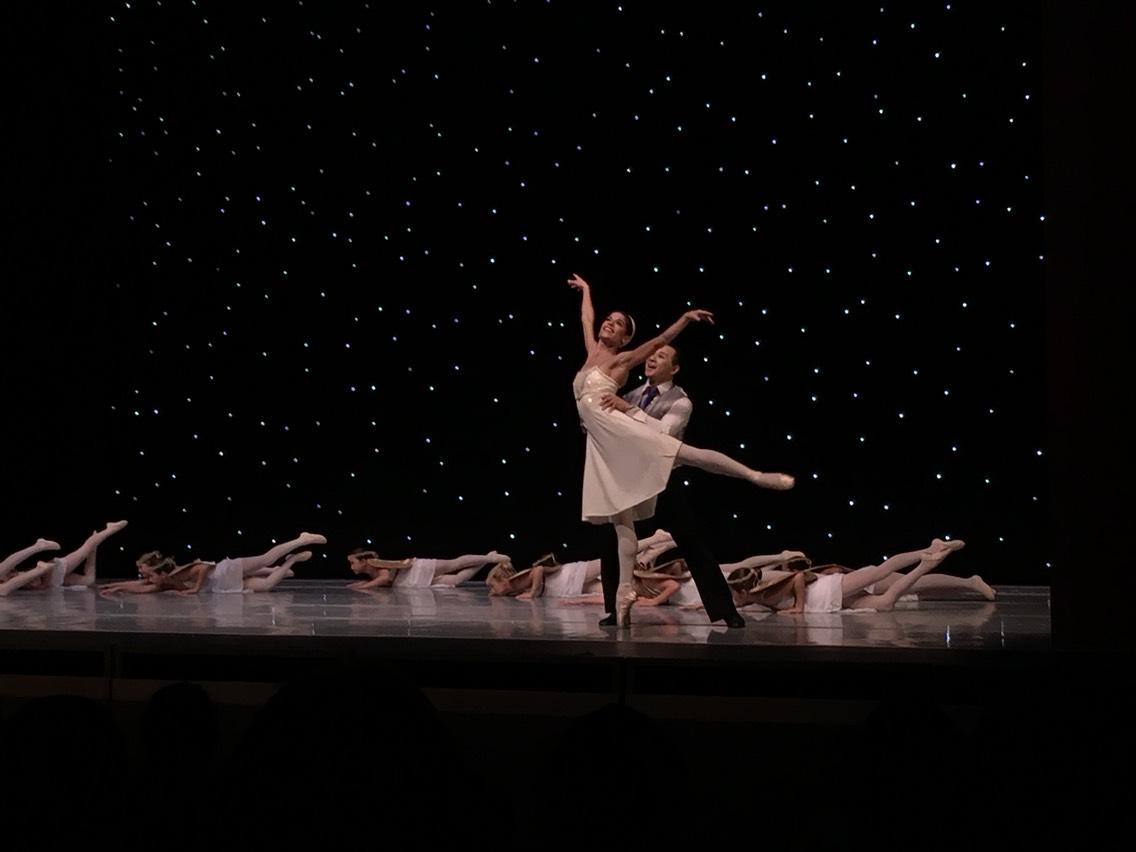 Menlowe Ballet's performance en pointe