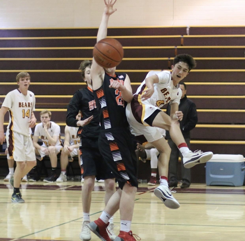 Boys basketball dominates from start to finish demolishing Woodside