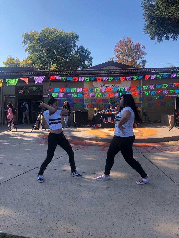 Clubs Collaborate to Host Día de Los Muertos Celebration