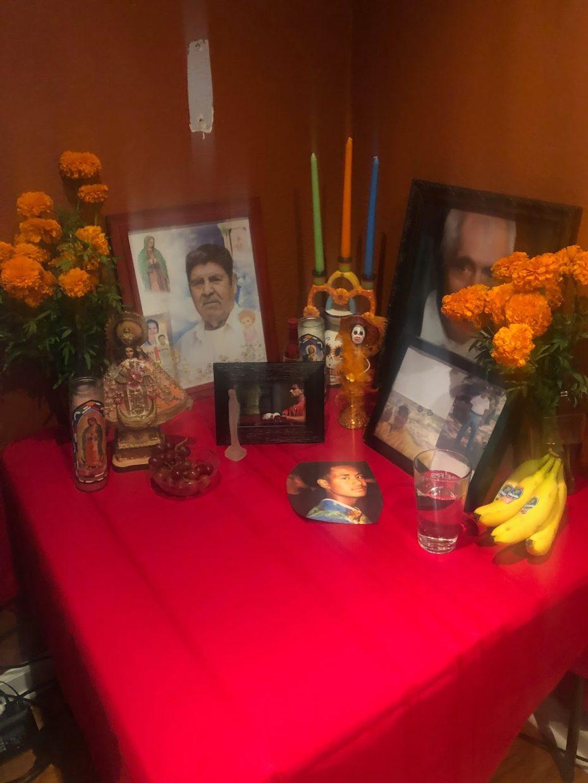 Clubs Display Día De Los Muertos Altars